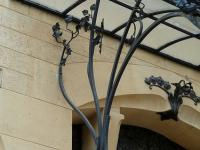 forged-canopies-and-awnings-4