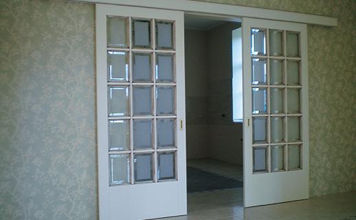 white-wooden-doors-10