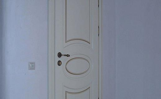 white-wooden-doors-11