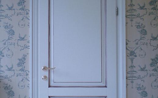 white-wooden-doors-5