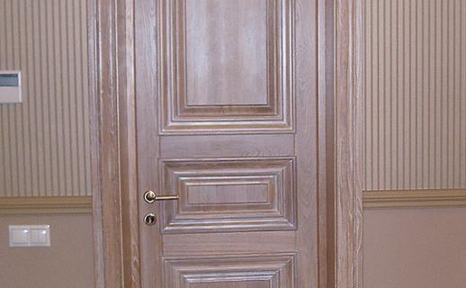 white-wooden-doors-9